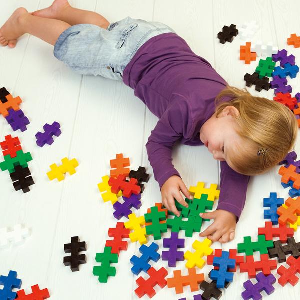 知育玩具の選び方・家族に長く愛されるおもちゃとは?