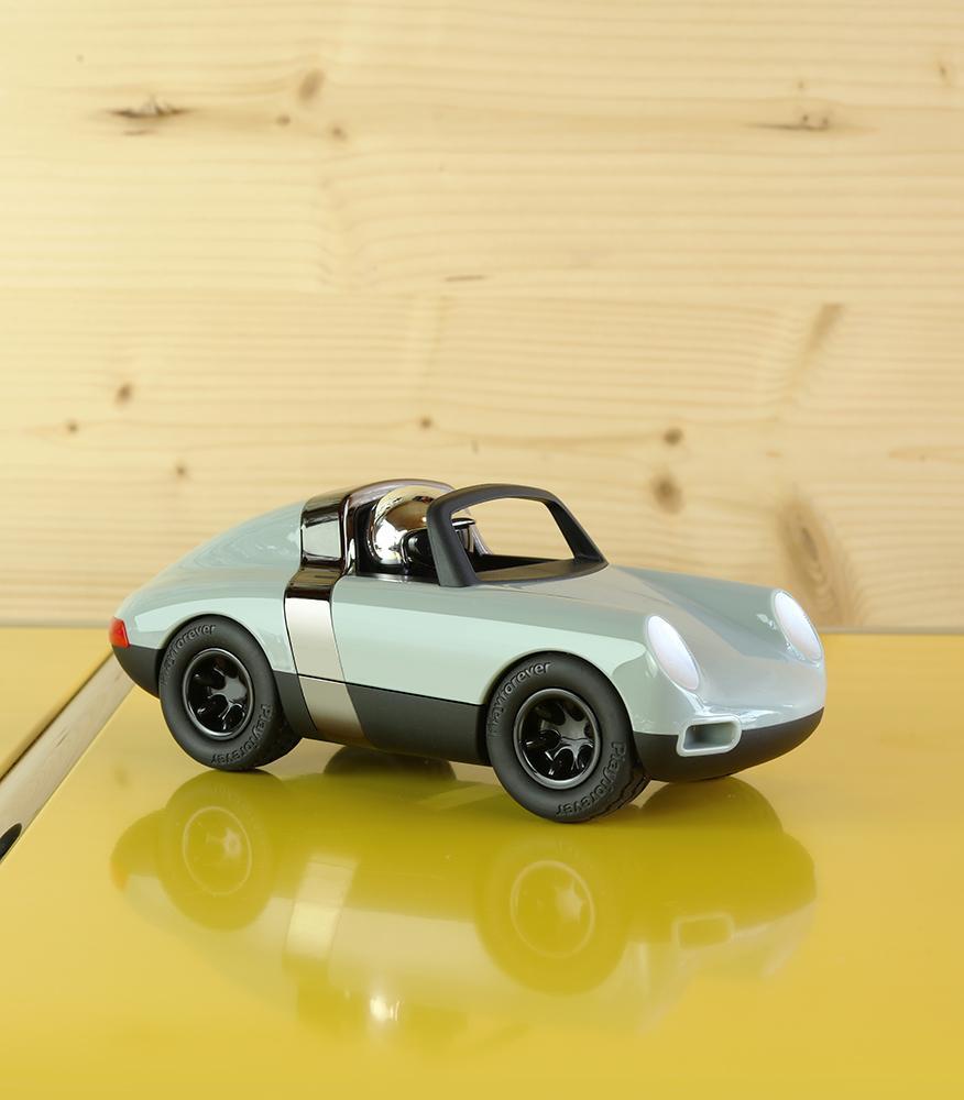 【新商品紹介】英国生まれのデザイントイ・Playforeverに新モデル「Luft」が登場